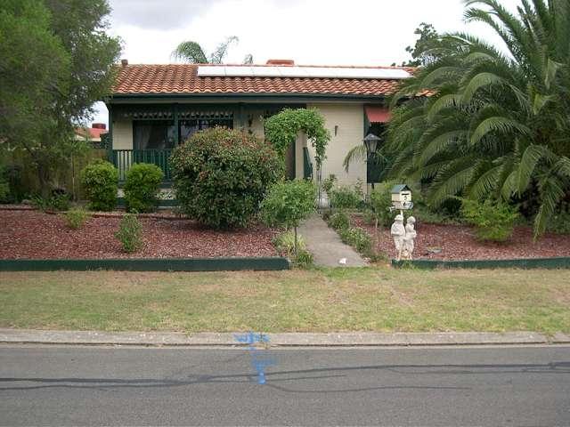 5 Dulkara Avenue, Craigmore, SA 5114