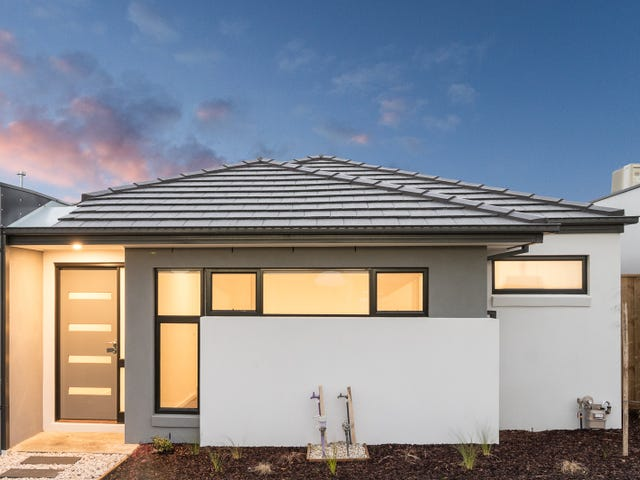 12 Montevideo lane, Clyde North, Vic 3978