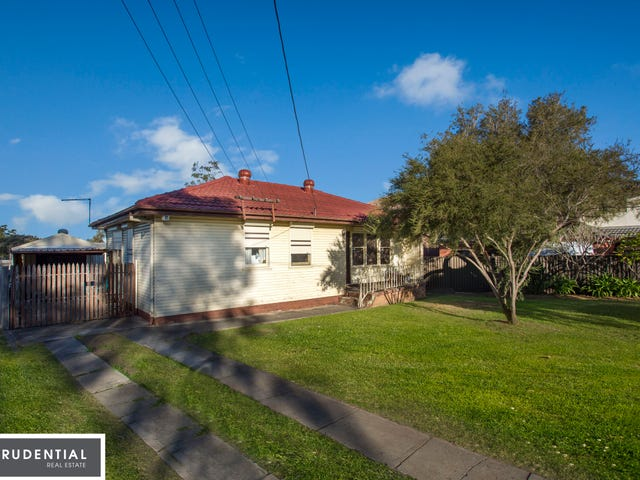6 Brain Ave, Lurnea, NSW 2170
