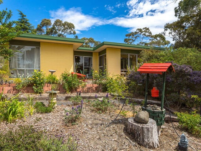 52 Auburn Rd, Kingston Beach, Tas 7050