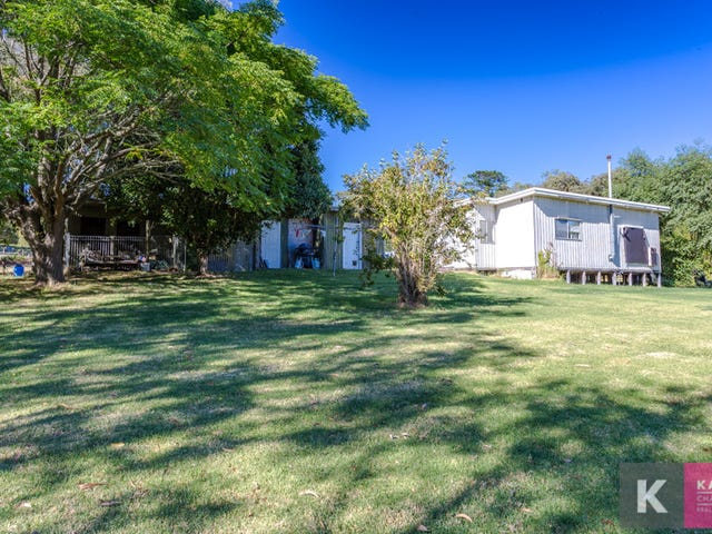 8 Funnell Road, Beaconsfield Upper, Vic 3808