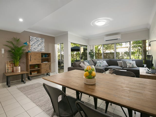 2/45 Railway Ave, Indooroopilly, Qld 4068