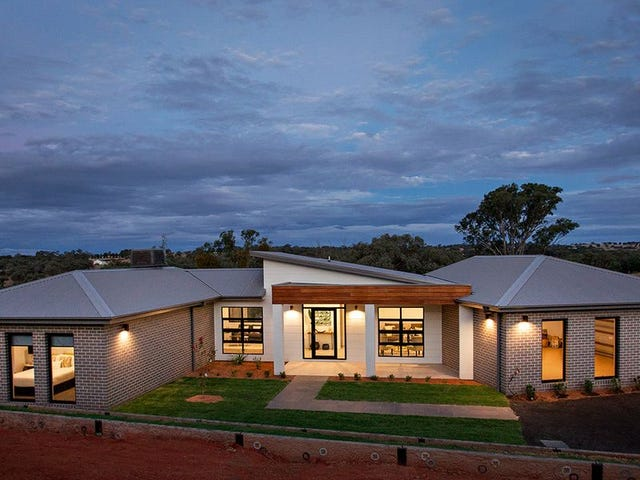 14 Matilda Place, Young, NSW 2594