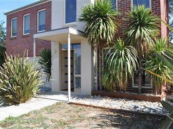 8 McPhie Place, Lake Gardens, Vic 3355