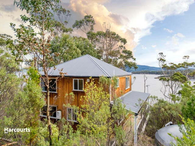 104 Williams Road, Randalls Bay, Tas 7112