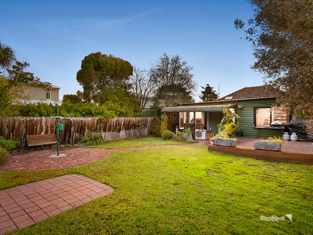 61 Vernon Street, South Kingsville, Vic 3015
