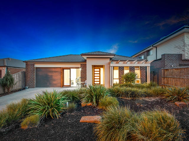 27 Mountainview Boulevard, Cranbourne North, Vic 3977