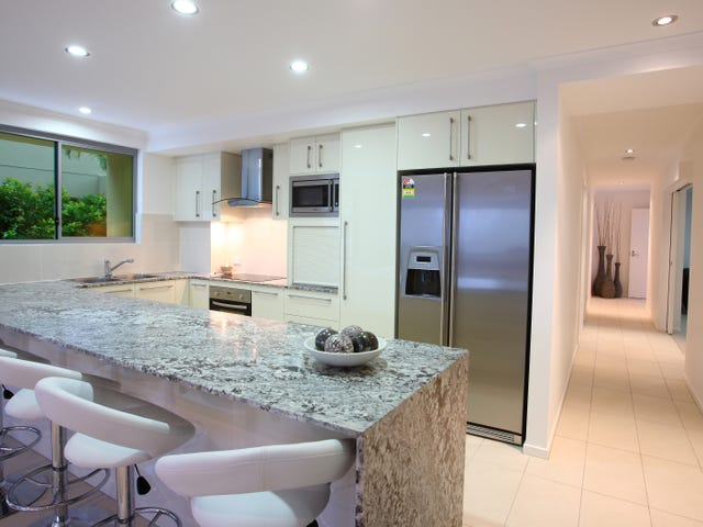 2/4-6 Orvieto Terrace 'Kings Palazzo', Kings Beach, Qld 4551