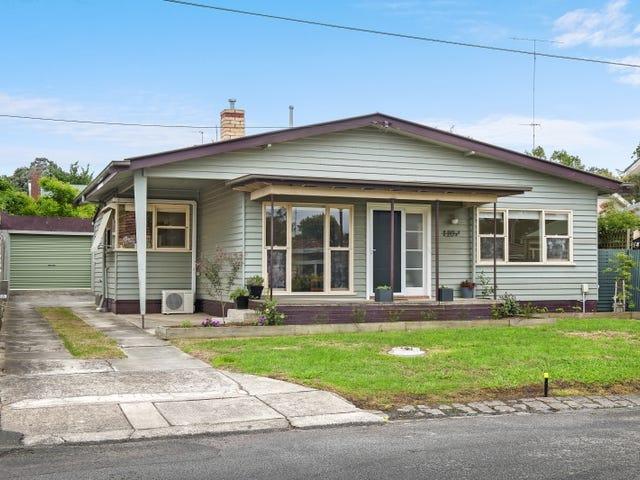 10 Stewart Street, Newington, Vic 3350