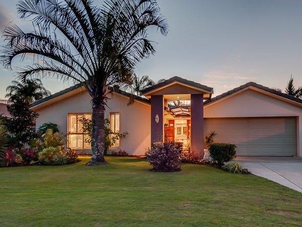17 Mahogany Drive, Palm Beach, Qld 4221