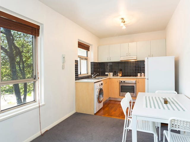 8/14 Hutton Street, Thornbury, Vic 3071