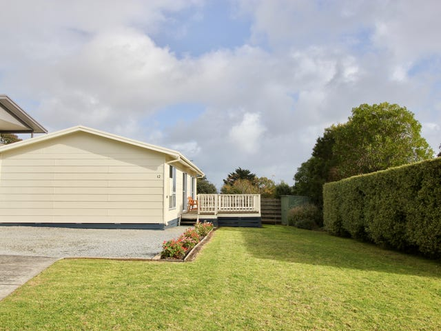 12 James Street, Cowes, Vic 3922