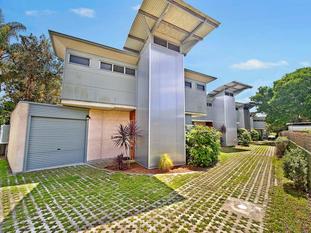 2/9 Belmore Street, Crescent Head, NSW 2440
