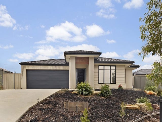 18 Freeman Drive, Kangaroo Flat, Vic 3555