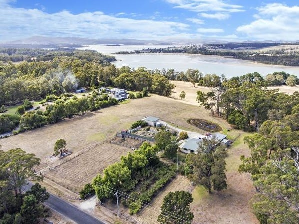 116 Clarence Point Road, Clarence Point, Tas 7270