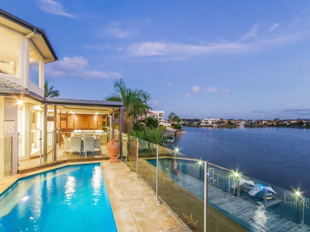 25 San Simeon Drive, Clear Island Waters, Qld 4226