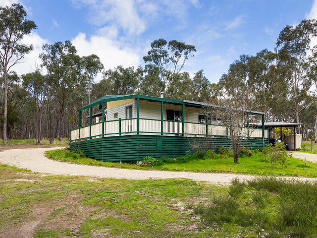 138 Willy Milly Road, Castlemaine, Vic 3450