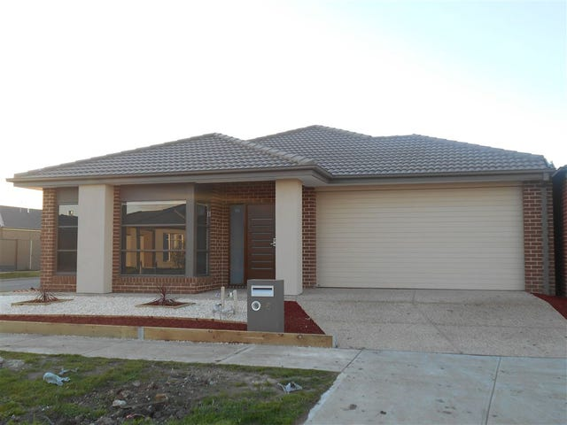 6 Wilkiea Crescent, Cranbourne North, Vic 3977