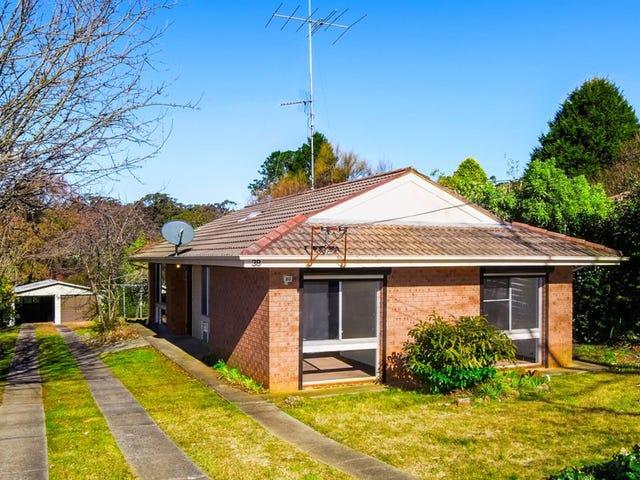 38 Catalina Avenue, Katoomba, NSW 2780
