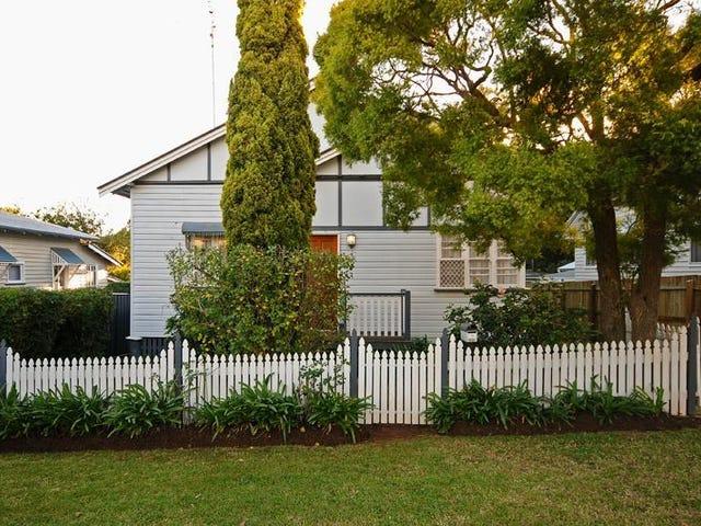 11 Sir Street, North Toowoomba, Qld 4350