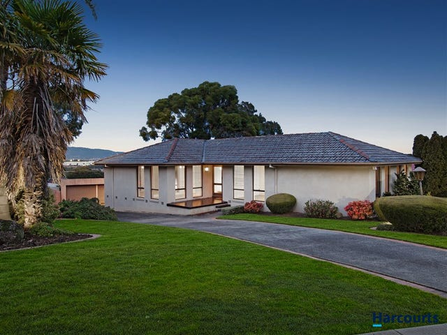 18 Palmerston Crescent, Wheelers Hill, Vic 3150