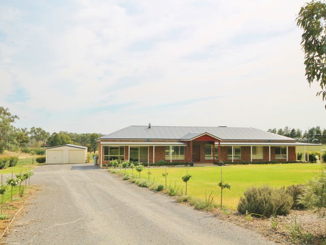 9 McMillans Road, Young, NSW 2594