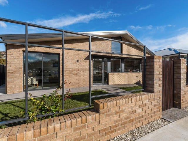 28A William Cooper Dr, New Town, Tas 7008