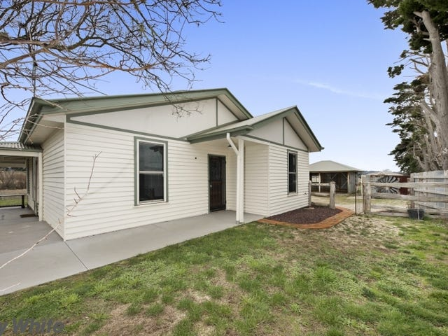 1937 Three Chain Road, Lancefield, Vic 3435