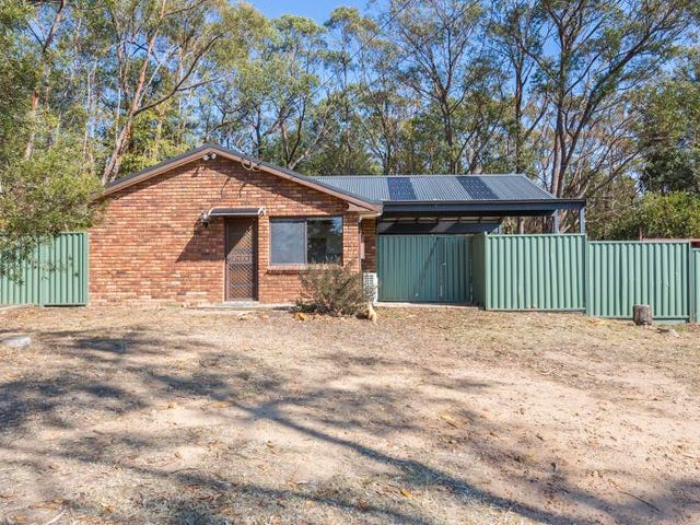 42 Booker Road, Hawkesbury Heights, NSW 2777