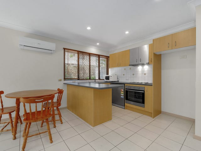 2/109 Sir Fred Schonell Drive, St Lucia, Qld 4067