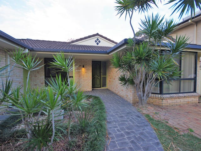 6 Ocean Links Close, Safety Beach, NSW 2456