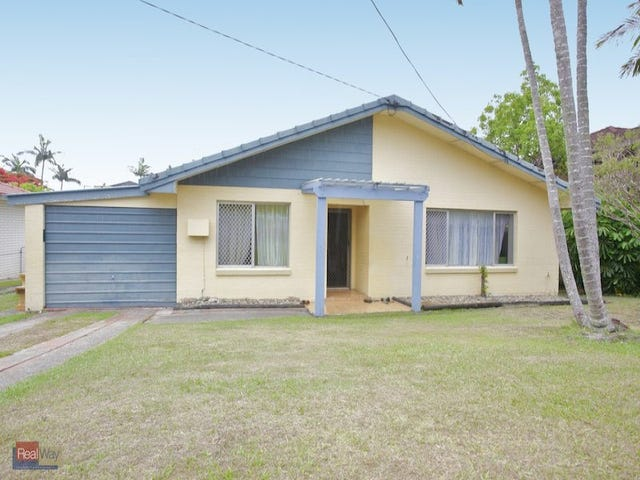 28 Houghton Avenue, Redcliffe, Qld 4020