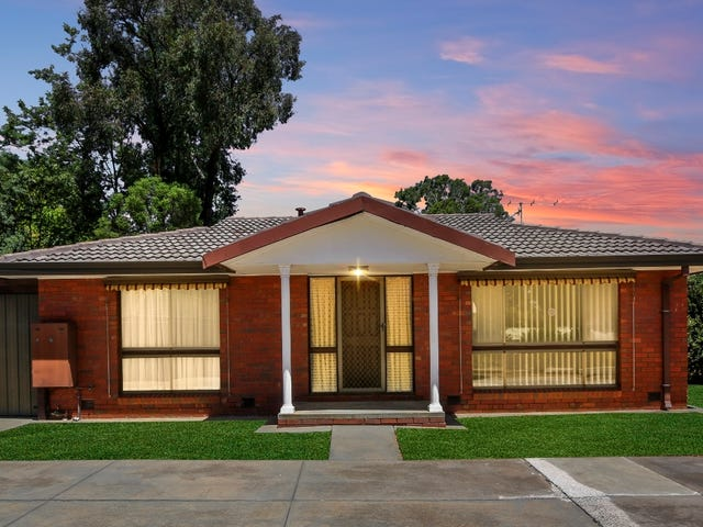 1/7 Carola Court, Kennington, Vic 3550