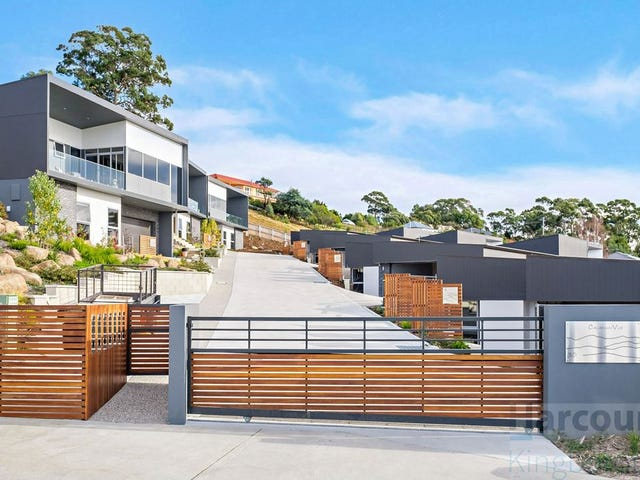 4 & 6/30 Caladium Place, Blackmans Bay, Tas 7052