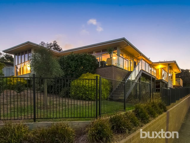 38 Cara Road, Highton, Vic 3216