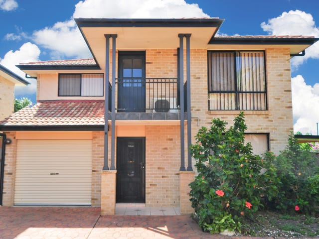 4/2 Cambridge Street, Ingleburn, NSW 2565