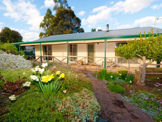4 Orchard Close, Bridgetown, WA 6255