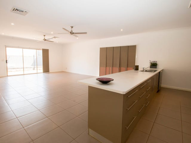 7 Black Star Crescent, Mount Isa, Qld 4825