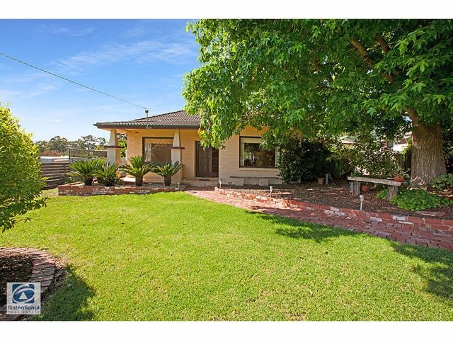 16 Blue Rock Road, Willow Grove, Vic 3825