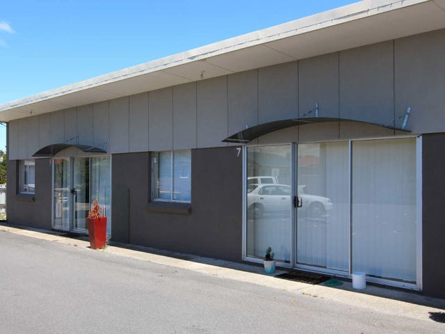 7/18  Smith Street, Devonport, Tas 7310