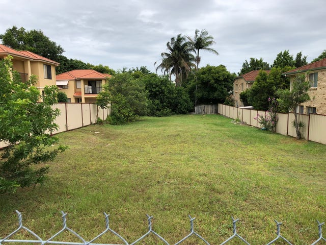 104 Pohlman Street, Southport, Qld 4215