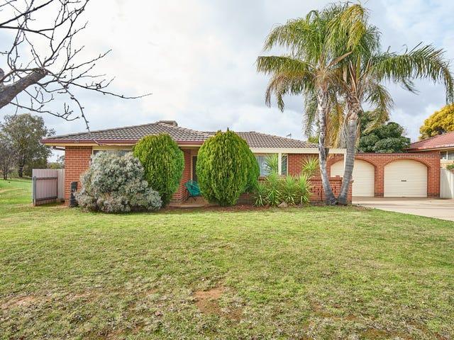 39 Bamarook Crescent, Glenfield Park, NSW 2650