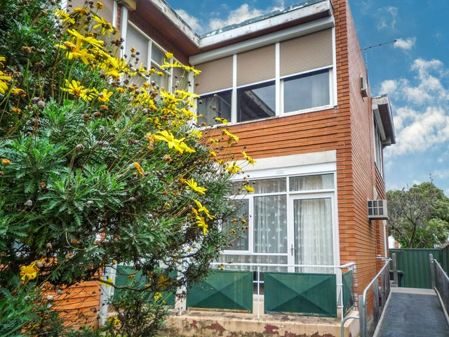 2/182 Doncaster Road, Balwyn North, Vic 3104