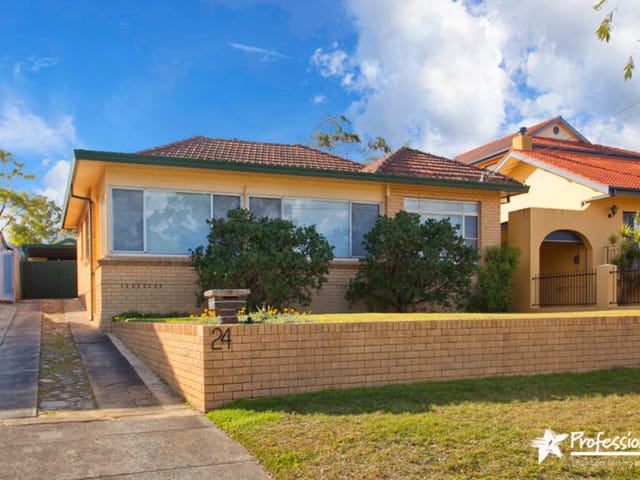 24  Doris Street, Picnic Point, NSW 2213