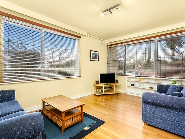 1/32 Ormond Road, Elwood, Vic 3184