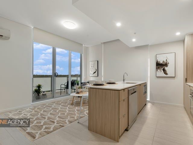 927/1-39  Lord Sheffield Circuit, Penrith, NSW 2750