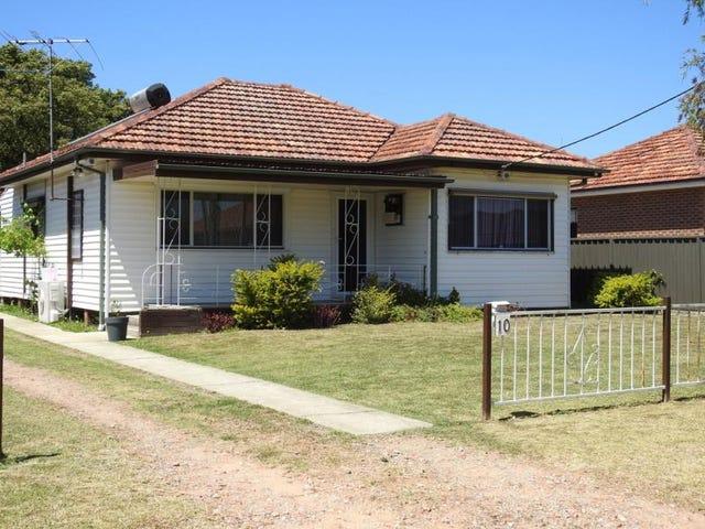 10 Bradshaw Ave, Moorebank, NSW 2170