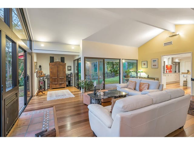 305 Pullenvale Road, Pullenvale, Qld 4069