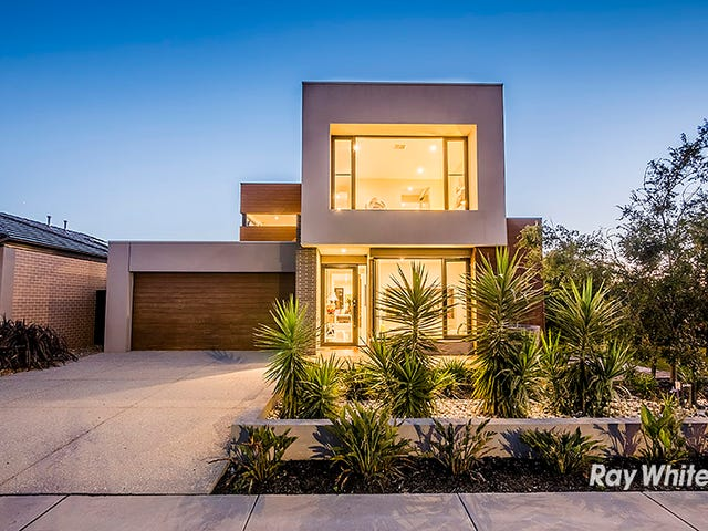 29 Flowerbloom Crescent, Clyde North, Vic 3978
