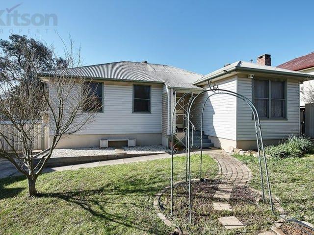 19 Phillip Avenue, Mount Austin, NSW 2650